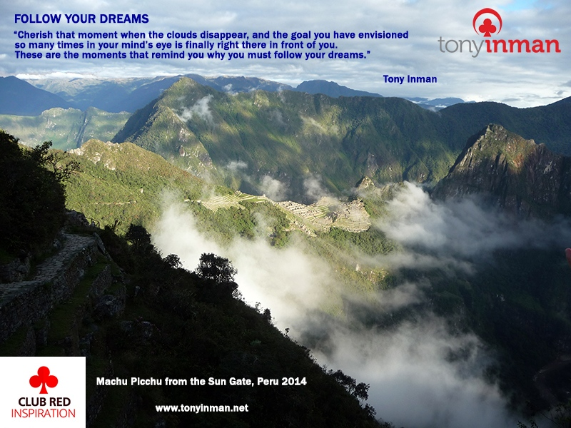 FOLLOW-YOUR-DREAMS-Machupicchu-sungate-2014