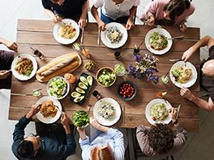 people-having-dinner